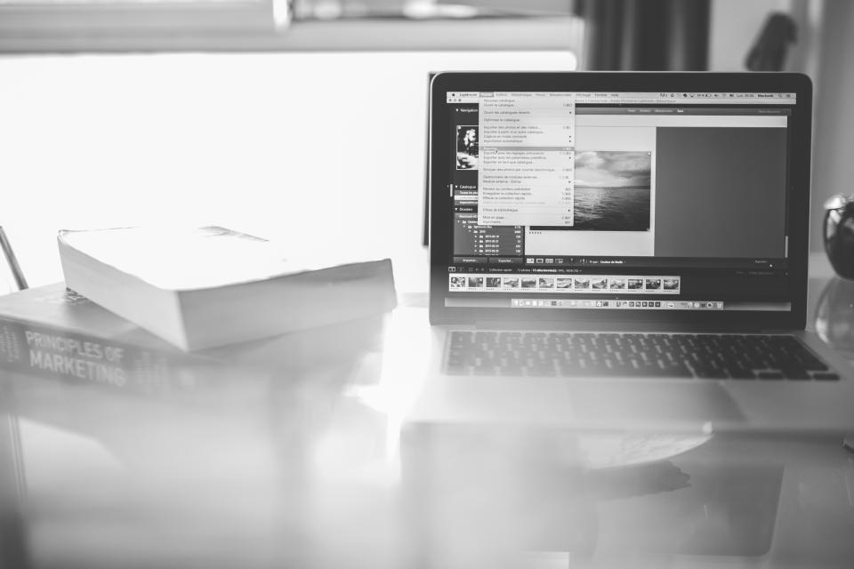 Marketers' Focus for 2016: Digital Tactics that Help Acquire, Convert, Retain Customers [Report]
