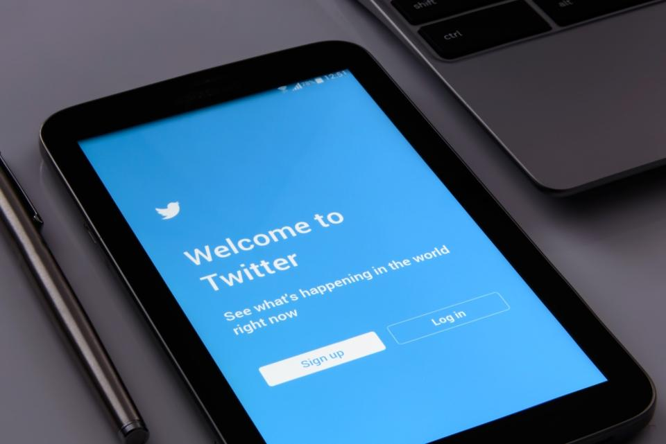 Experiencing Twitter Analytics Problems – This May Be Why