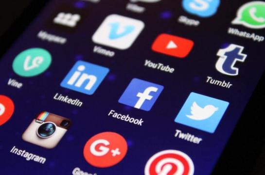 building traffic from social media